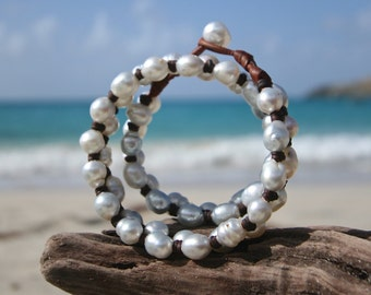 Double leather wrap bracelet for women with south sea cultured pearls, St Barts, seaside pearls, beach jewelry, leather jewelry and pearls