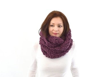 ON SALE Chunky Infinity Scarf // The Dublin // in Fig
