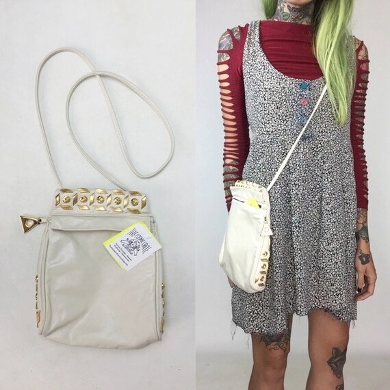 1980's White Leather Studded Purse - White Leather Gold Gemstone GLAM Bag VTG - White Crossbody Soft Leather Shoulder Bag Triangle Purse
