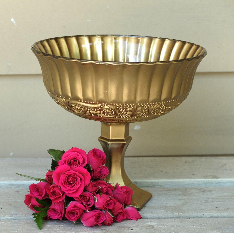 Champagne gold pedestal vase wedding floral centrepiece
