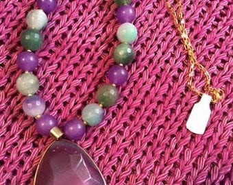 Necklace with Amethyst pendant, Emerad and jade stones