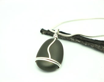 Beach Stone Jewelry Black Stone Necklace River Rock Pebble Necklace  Rustic Jewelry Silver Wire Wrapped Jewelry Gifts For Her