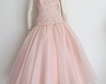 Vintage 50s 60s Pale Pink Drop Waist Dress / Prom / Full Skirt / Large / Wedding
