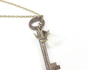 Key Necklace, Key Pendant Necklace, Skeleton Key Necklace, Vintage Jewelry, Antique Jewelry, Key Jewelry, Unique Necklaces for Women Gifts