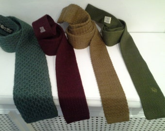 squared bottom knitted ties