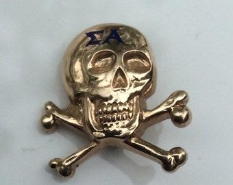 10k Fraternity Enamel skull pin Sigma Alpha