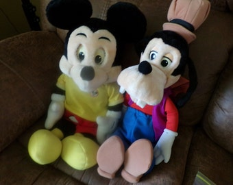 1986 Worlds of Wonder Talking Mickey Mouse and Goofy dolls, Vintage Mickey Mouse, Collectible Mickey mouse