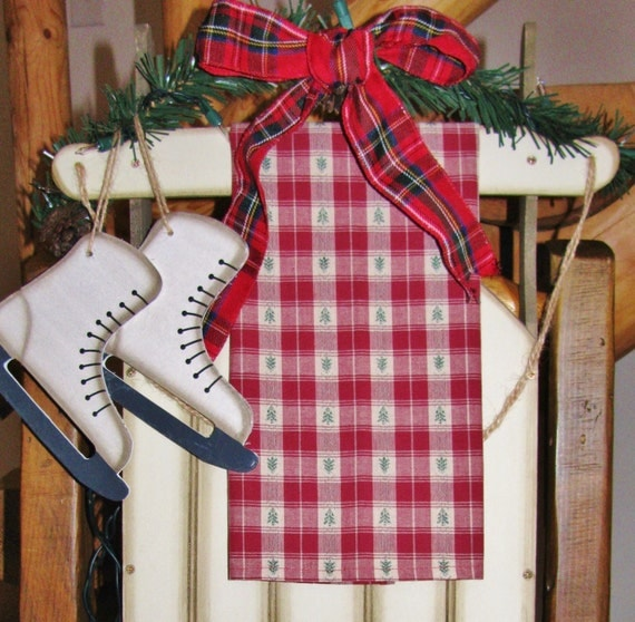 Christmas Red Plaid Kitchen Linens
