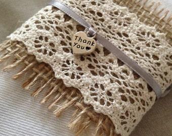 Hessian/lace napkin ring