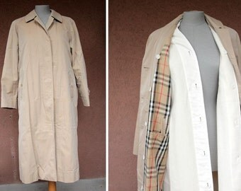Vintage Burberrys Winter Trench Coat - Burberrys filled Coat - Size M