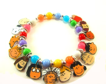 Charlie Brown Charm Bracelet, Charlie Brown Jewelry, Peanuts Bracelet, Peanuts Jewelry, Snoopy Braqelet, Snoopy Jewelry, Peanuts Birthday