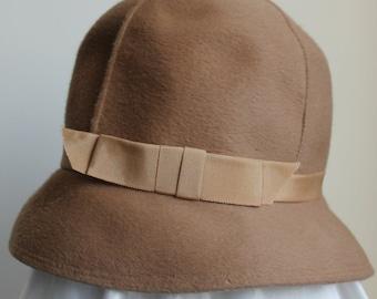 Camel Cloche Brimmed Hat, Palmer Creation Hat, Ribbon Hatband Brushed Fur Felt
