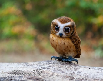 Taffy the owl. Needle felted owl model.  - SOLD -