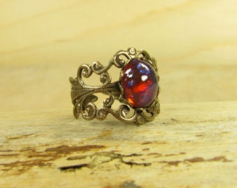 Ring Dragon's eye vintage style Victorian brass bronze playful, Dragon's breath glass cabochon ring Dragon's breath fire opal red blue