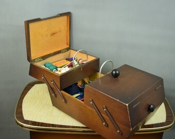 Vintage wooden sewing basket / sewing box from the 60s- Germany