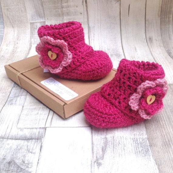 Pink booties, New baby booties, Pink crochet booties, Crochet flower booties, Baby shower gift, Pink baby girl, Baby boots, Ugg boots,