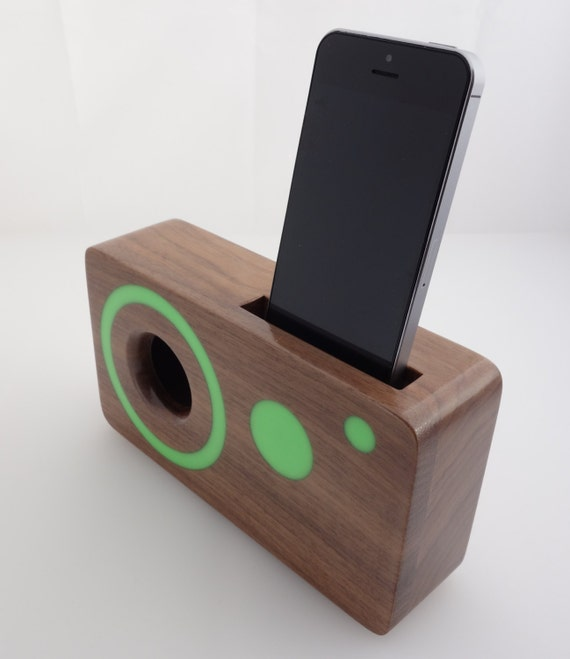 Handmade walnut wood iPhone acoustic speaker box