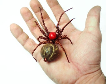 wire spider with seeds // sculpture // hand-made // recycling // wire toy // for him // home decor // scary // insect // jungle // amazon