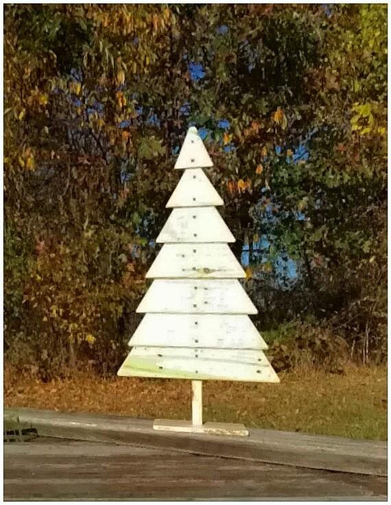 Wood Pallet Christmas Tree Ideas.Wood Pallet Christmas Tree