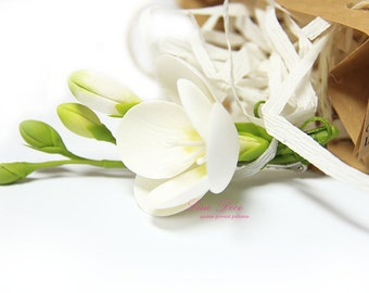 Freesia. Hairclip. Hairpin for the bride. Handmade jewelry. Wedding Accessories. A flower in her hair. Fashion Flower