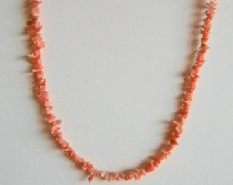 Coral Shell Beaded Choker Necklace