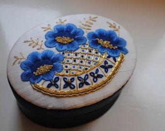 Edwardian Rose Embroidery Kit