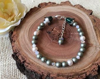Bridesmaid Jewellery - Bridesmaid Bracelet - Green Bracelet - Pearl Bracelet - Crystal Bracelet - Swarovski Pearl Bracelet.