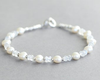 Pearl Bracelet Bridal Jewelry June Birthstone Moonstone Bracelet