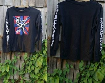 Sale ..  Vintage tee / Black long sleeve / Rock tee / 80s Graphic shirt / Punk clothing / 1980s clothing / Medium