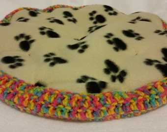 Flower Pet Bed, Crocheted Pet Bed, 100% Handmade, Pet Furniture, Cat Bed, Cat Furniture