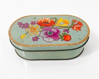 Vintage Parkinsons Floral Tin. Assorted Toffee Vintage Tin in Blue and multicolours made in England