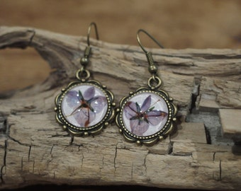 earrings handmade glasscabochons flower purple
