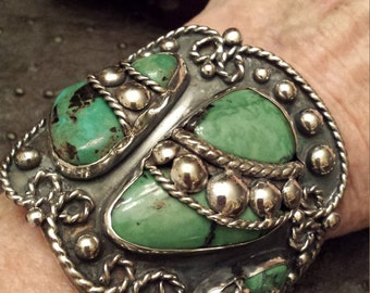 Turquoise native American vintage cuff
