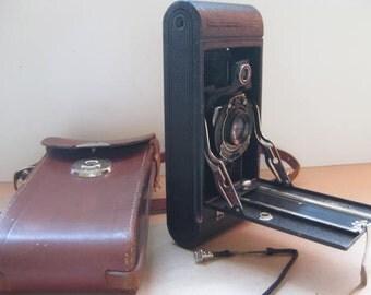 Antique KODAK Hawkeye no. 2 A folding camera made in 1915 in the USA.
