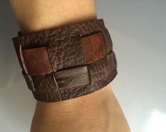 Braided leather bracelet brown