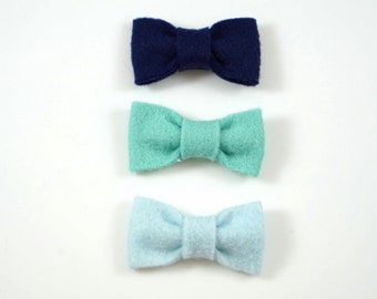 Shades of Blue Baby Hair Clip Barrette Pack. Baby Barrettes. Toddler Barrettes. Toddler hair bow. Toddler hair clip. Baby hair clip.