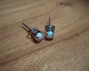White Fire Opal 4mm cute Stud earrings