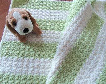 Crochet Baby Blanket, Baby Afghan, Infant Blanket, Newborn Baby, Stroller Blanket, Travel Blanket, Ivory and Green, Handmade