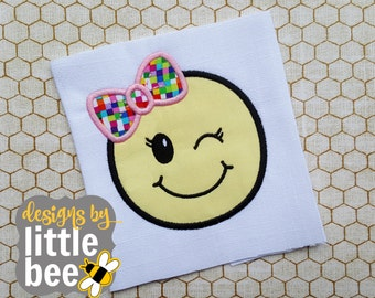 wink bow emoji emoticon happy face APPLIQUE perfect embroidery design Instant Download bean stitch 4x4 5x7 6x10