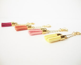 Pendant Pompom, suede and gold chain earrings