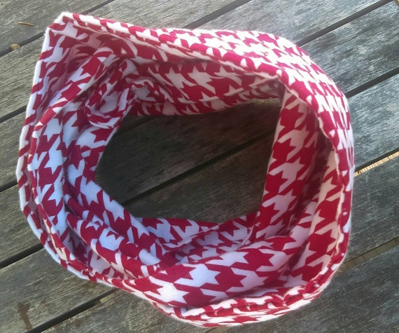 Christmas Red and white houndstooth flannel Toddler infinity scarf - baby scarf hipster baby - girls scarf - toddler accessory