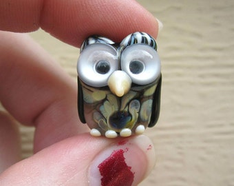 Handmade - Artisan Lampwork Owl focal bead by Denise Shipley