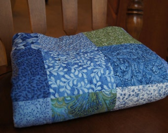 Square Design – LAP QUILT – Blue and Green