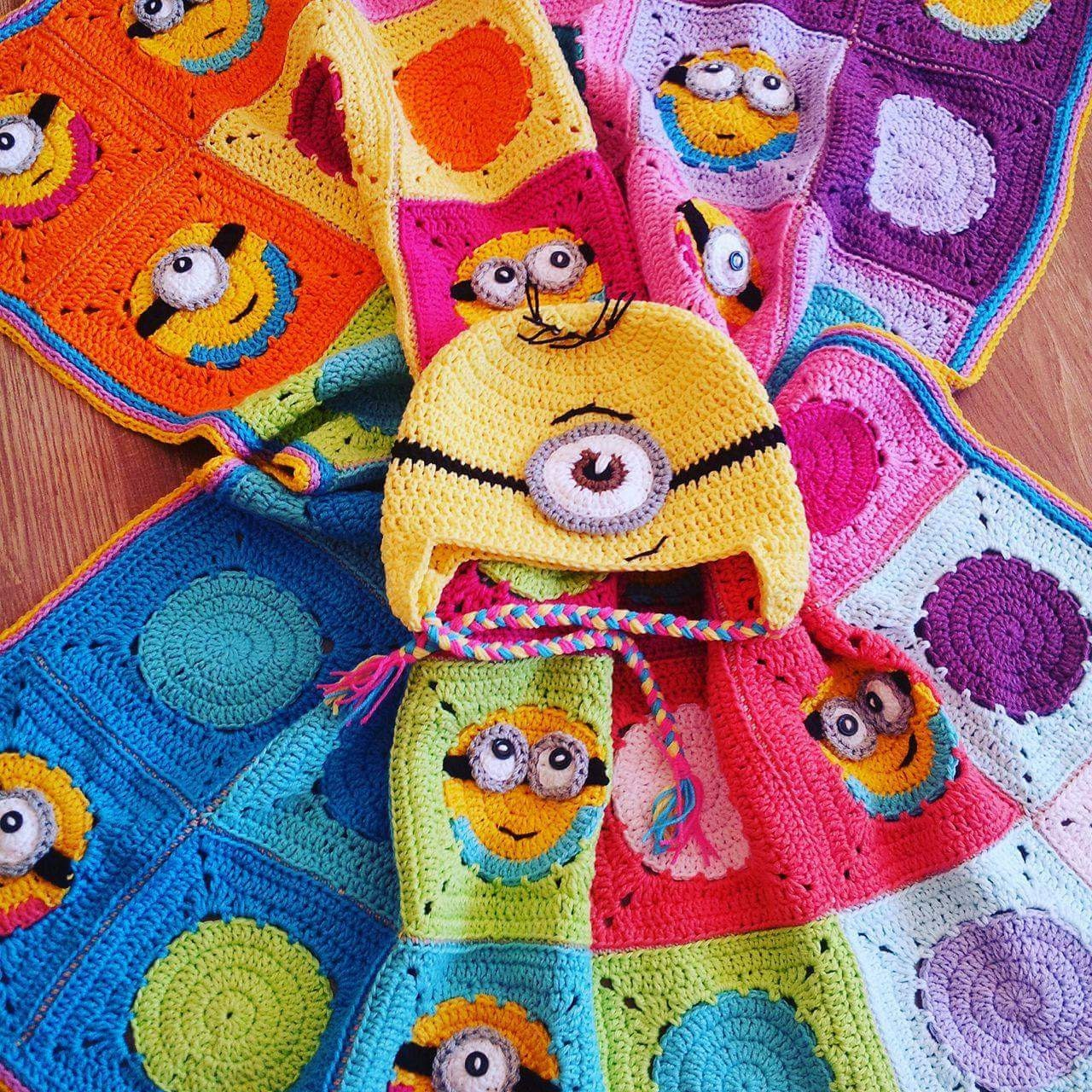 Crochet minion blanket granny square minion blanket pattern zoom bankloansurffo Image collections