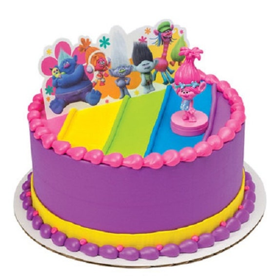 Cake Decoration Trolls : Trolls Cake Decoration Poppy Show Me A Smile Cake Topper