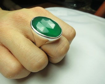 Green onyx ring, size 8, set in solid 92.5 sterling silver, faceted stone,free shipping