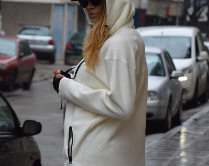 Front Pocket White Extravagant Hooded Sweatshirt, Thumb Holes Lined Warm, Zipper Cotton Top by SSDfashion