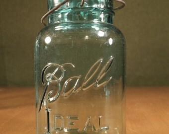 Ball Ideal Mason 1 QT., Blue Glass Lid and Wire, 1923-33 Logo!