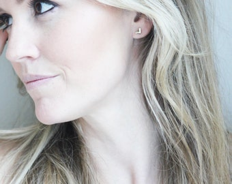 Ryann Chevron Earring Gold