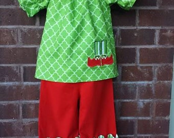 Girls christmas outfit, Girls clothing, Boutique clothing, Elf applique, size 2 Ready to ship, Ruffle pants